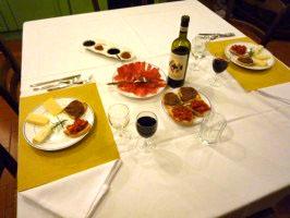 "The 3 ""C""s: Crostini, Chianti and Cheese"