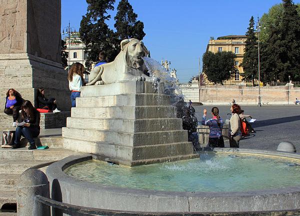 Lion Fountain. Piazza del Popolo