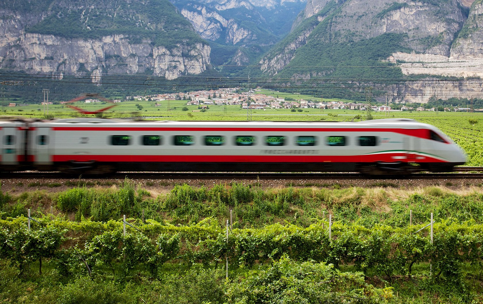 Arriving in Italy just got easier! New direct train service from Rome airport to Florence and Venice.