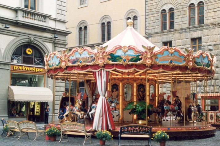 Florence,_Italy_Carousel