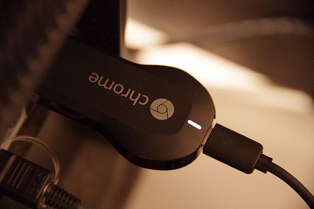 Chromecast_plugged_into_TV