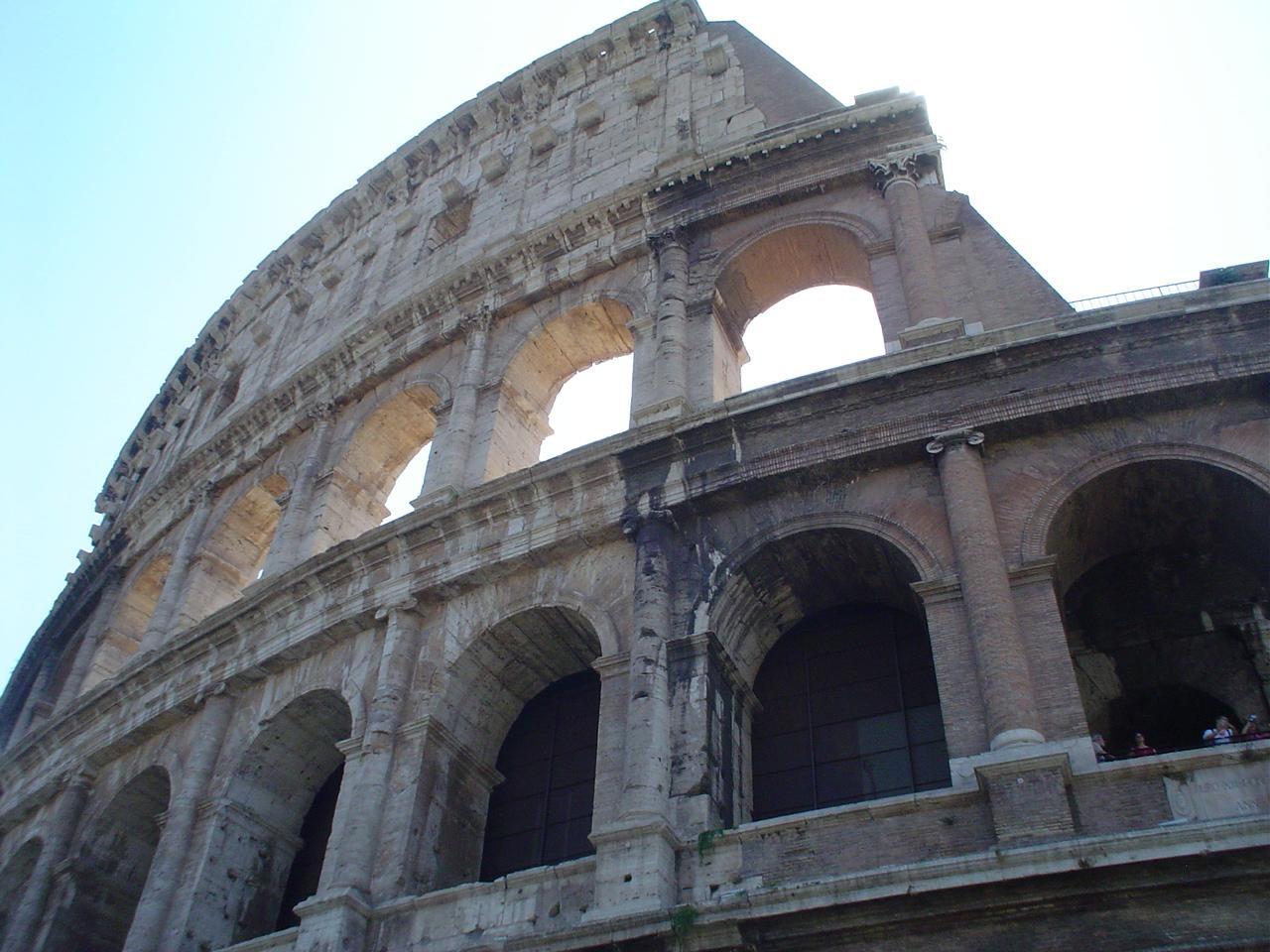 Colosseum3_11-7-2003