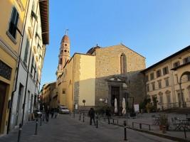 640px-Badia_delle_sante_flora_e_lucilla,_arezzo,_02