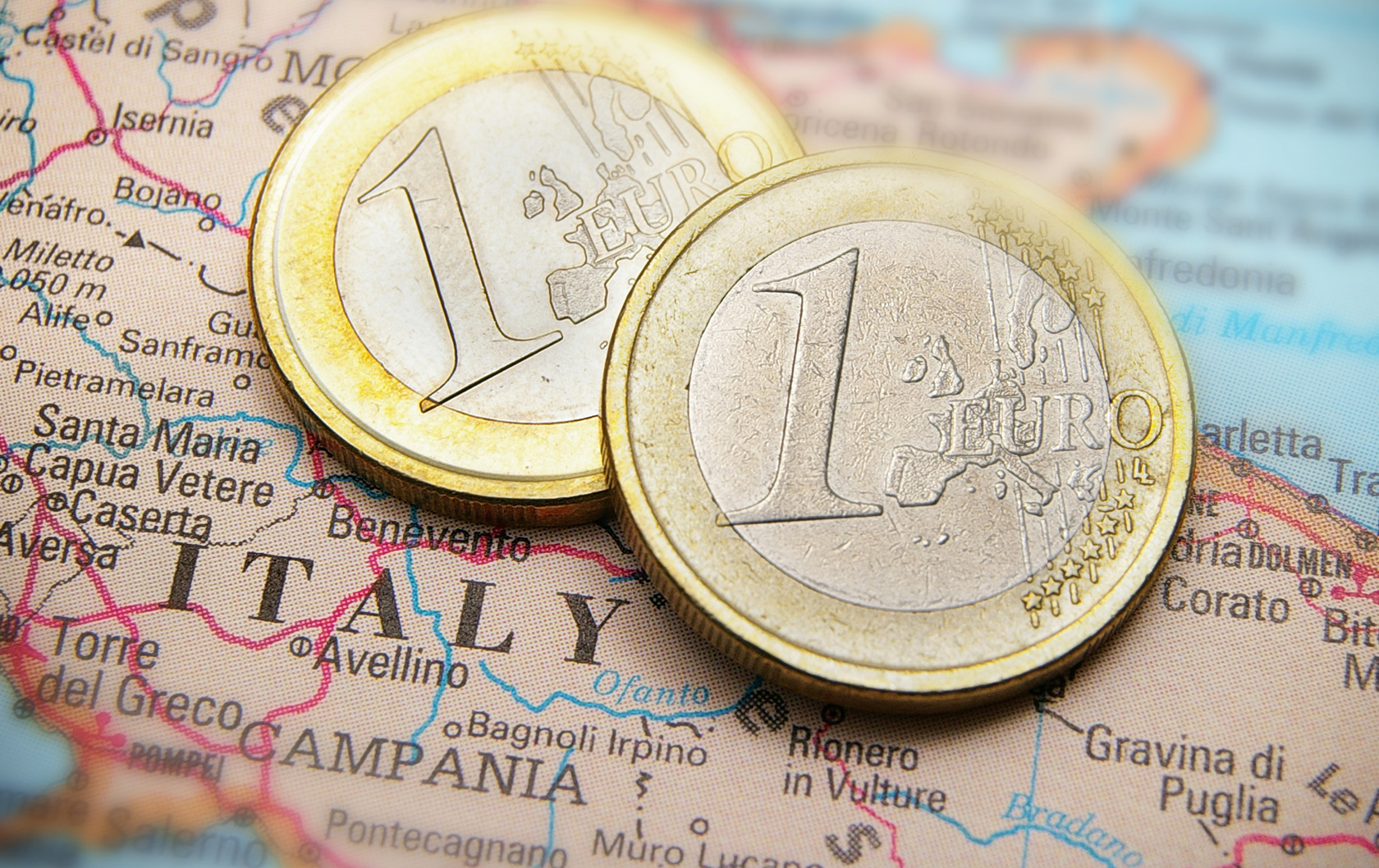 Everything You Need to Know About Tipping in Italy