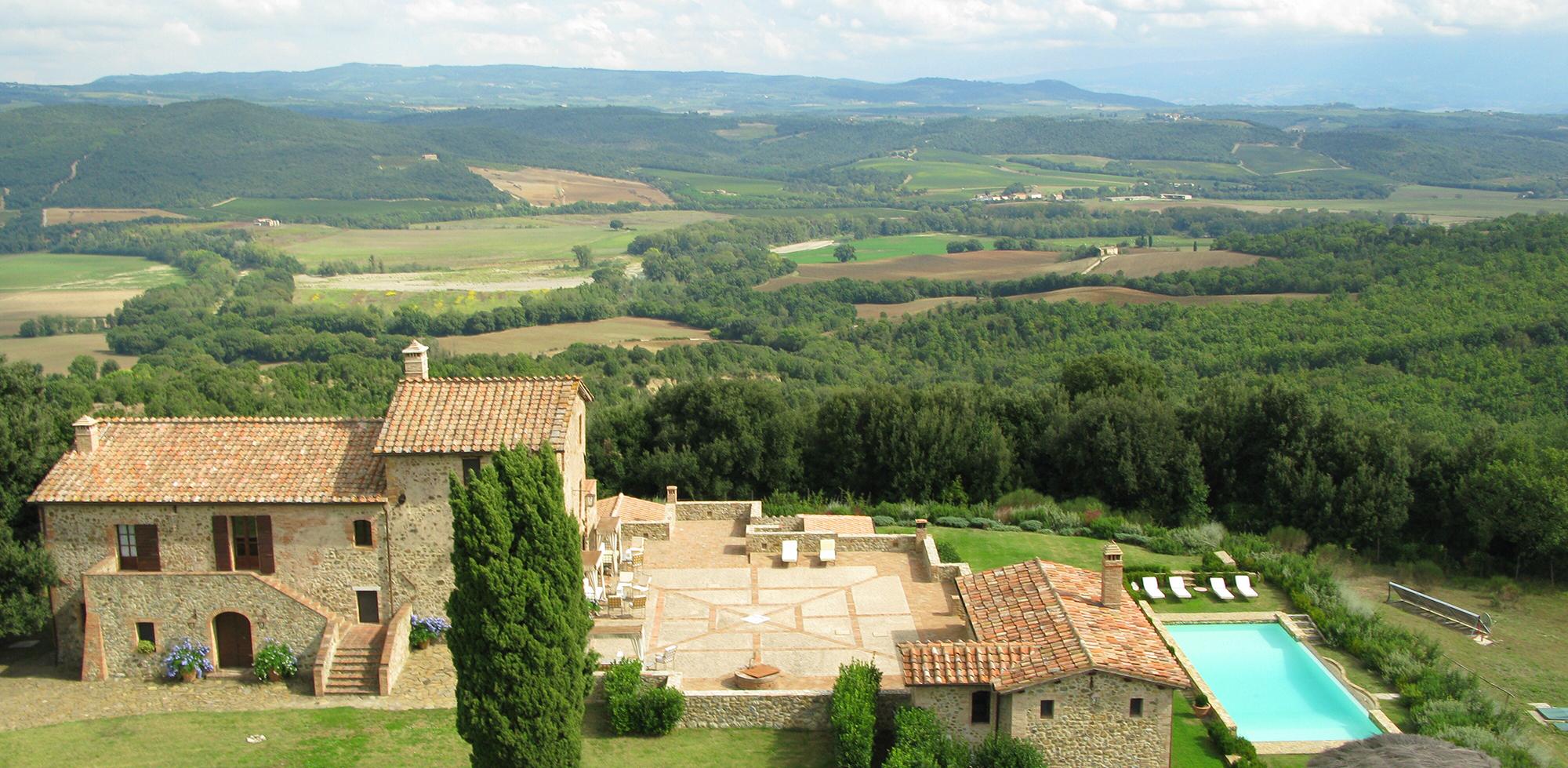 Dreamy Tuscany Views at Brunello