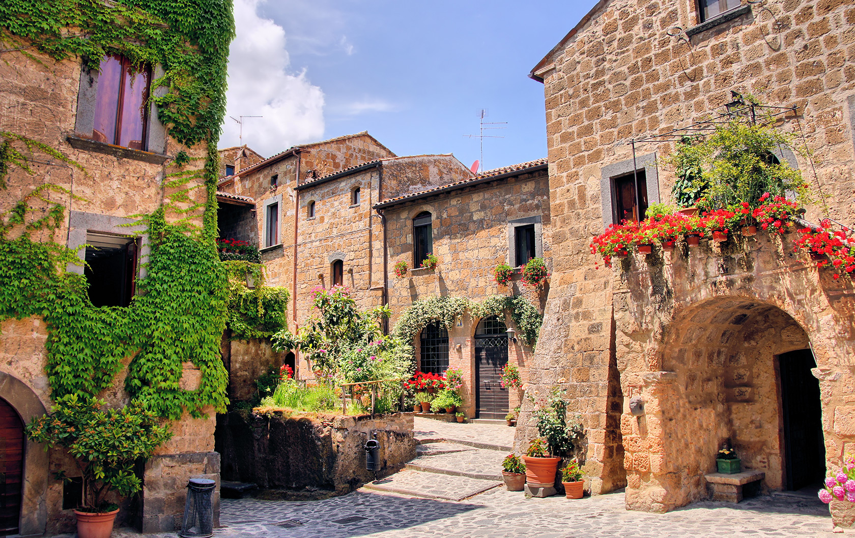Orvieto, Hill Town Jewel, Easy Day Trip from Rome