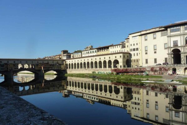 5 Books to Read Before Visiting Italy by Italy Perfect Uffizi Gallery