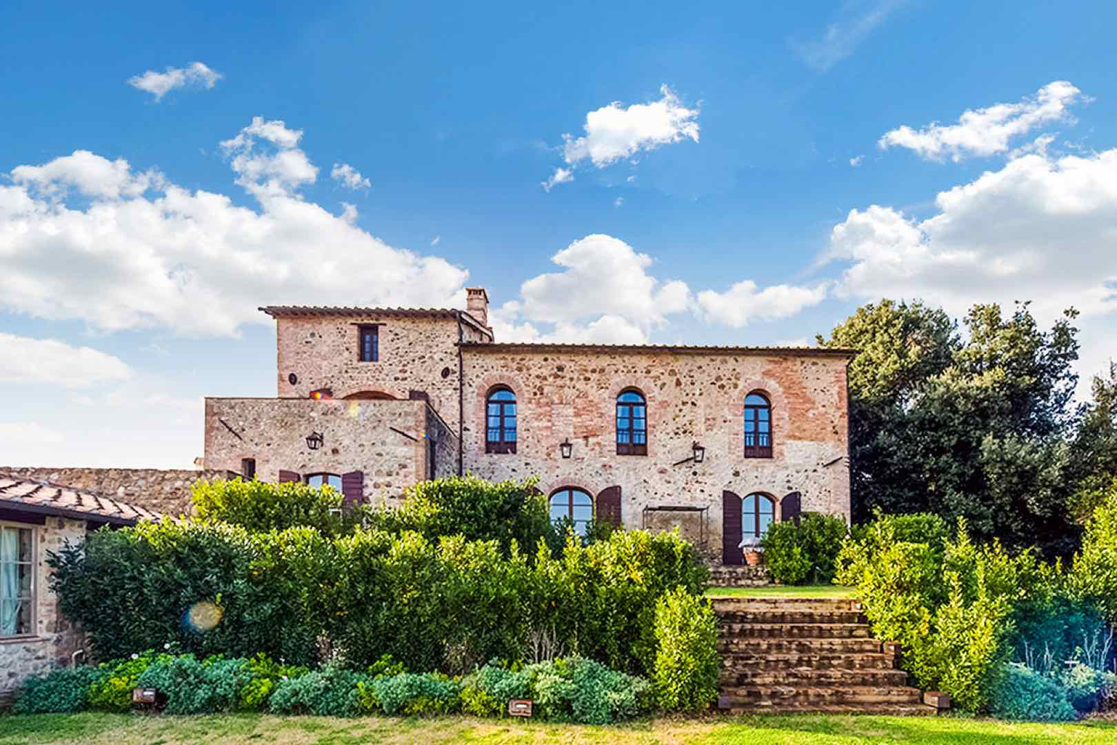 Romantic Experiences in Italy: Beyond the Gondola Ride by Italy Perfect Tuscan Villa