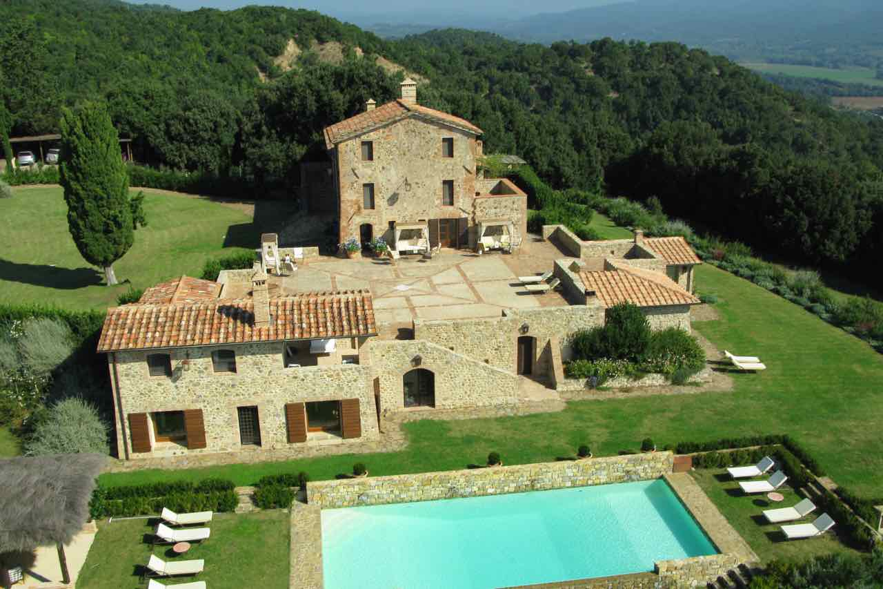 5 Terraces In Italy That Will Change Your Italian Aperitivo Forever by Italy Perfect Tuscany Villa