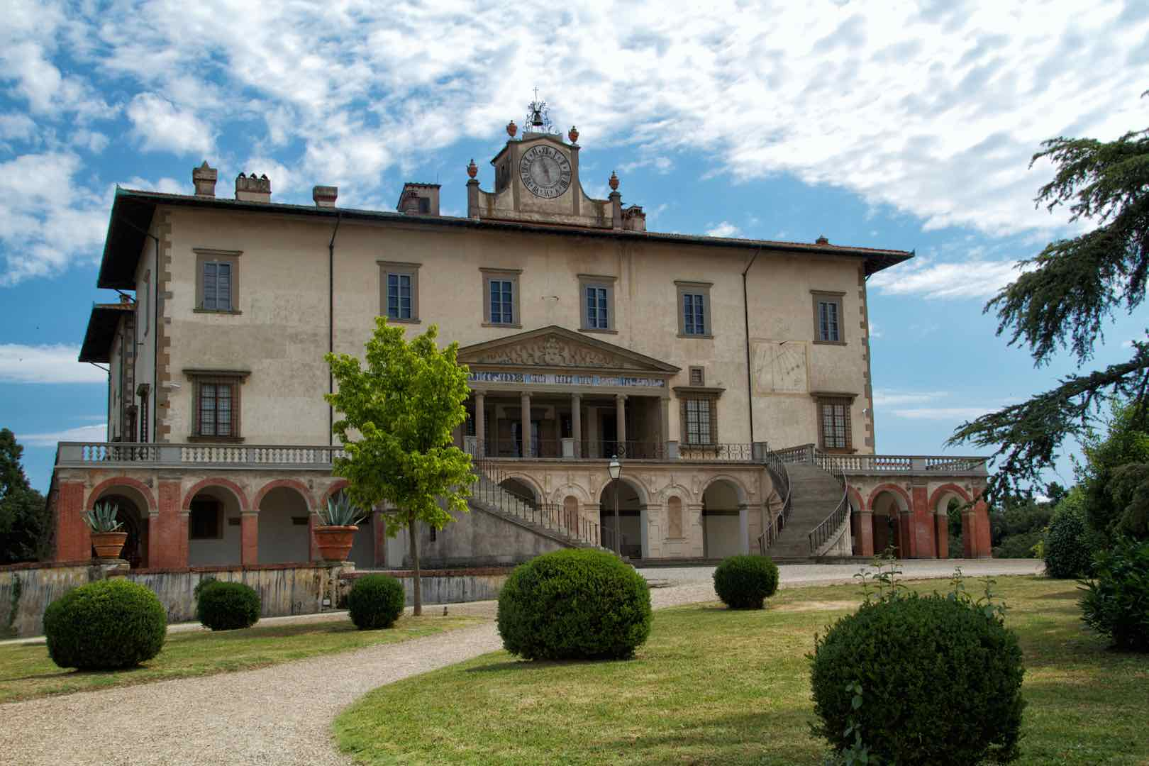 Incredible UNESCO Sites in Italy for your Itinerary by Italy Perfect Medici Villa