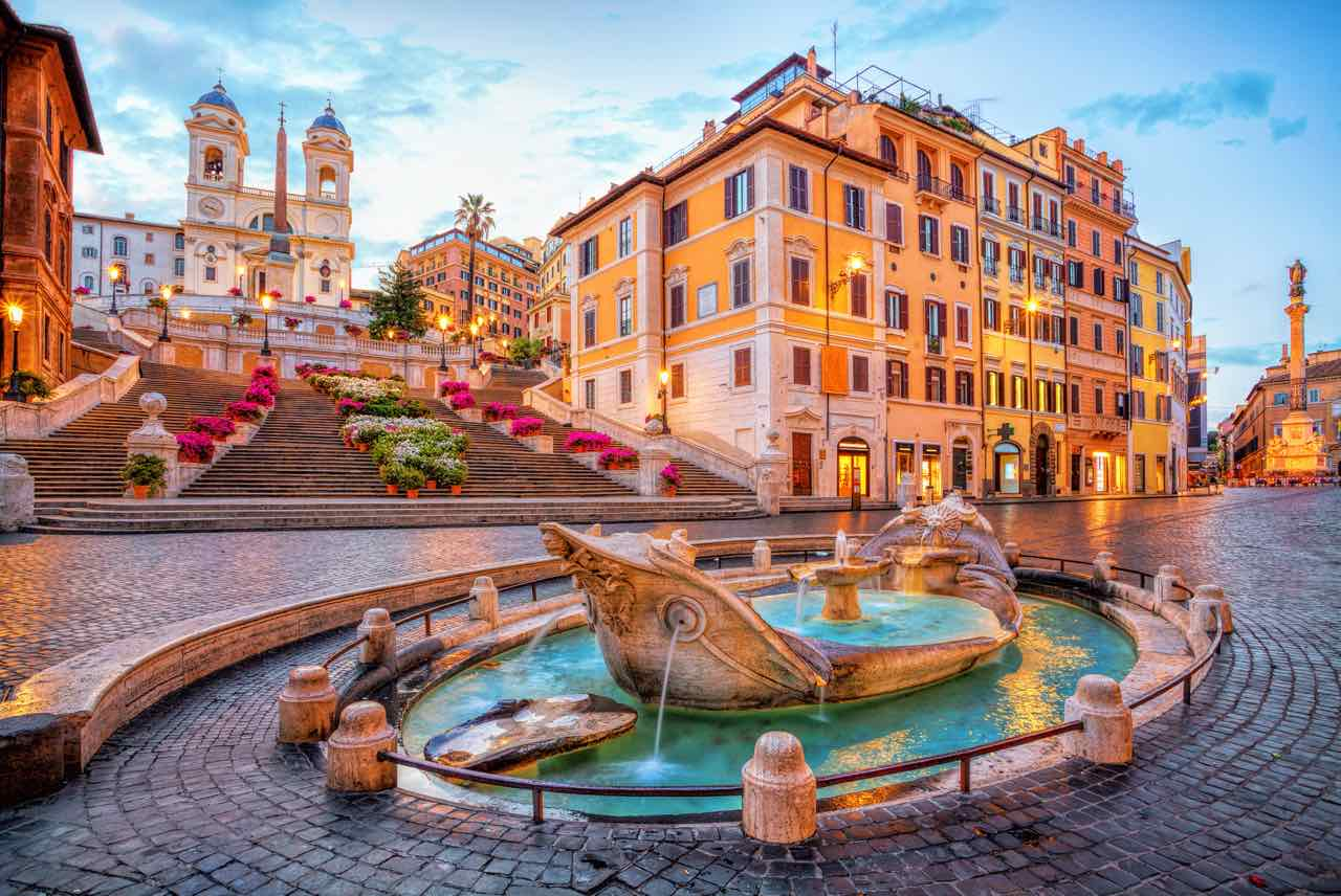 Exploring the Spanish Steps Neighborhood in Rome
