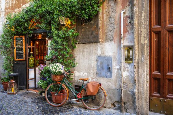 Trastevere classic scene